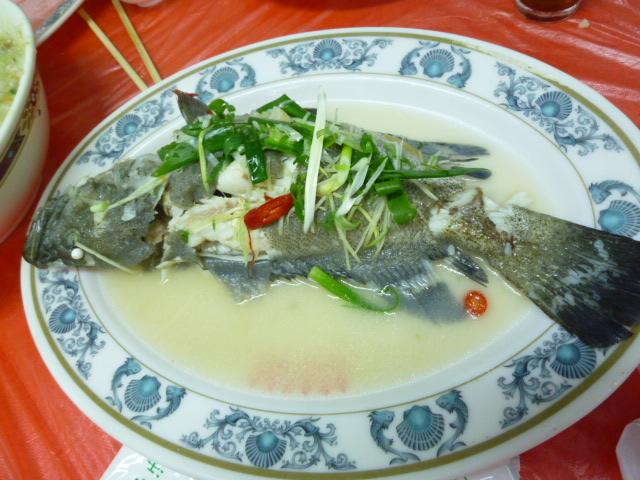 海鮮料理店の魚料理