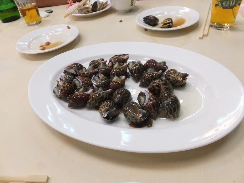 味活海産(高雄)の巻貝